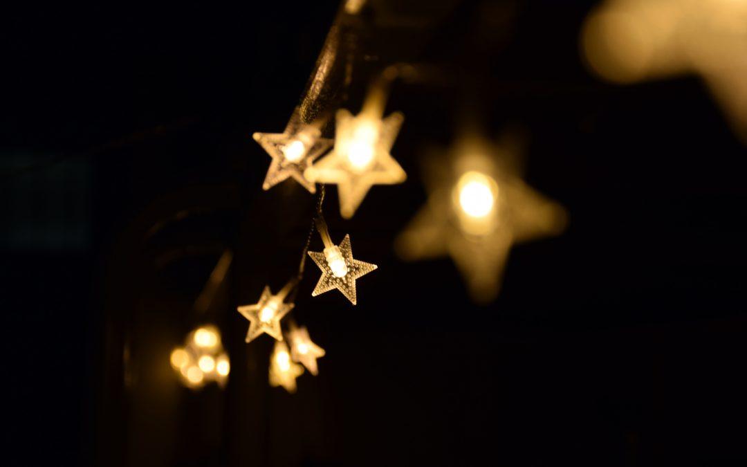 Lichterkette mit Sternen